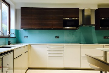 Coloured Splashback - Turquoise Blue