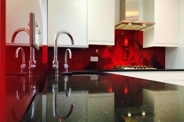 Digital Print Splashback - Red Rose